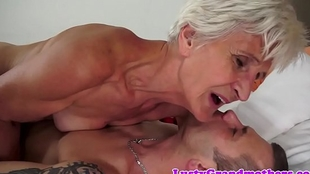 Cockriding granny engulfing younger learn of